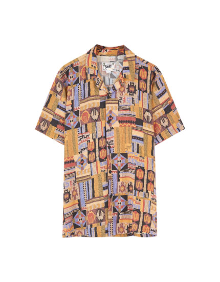 Ochre short sleeve shirt with patterned print