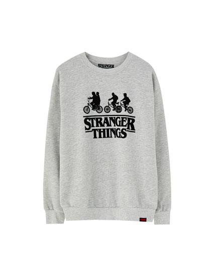 Hanorac Stranger Things cu biciclete