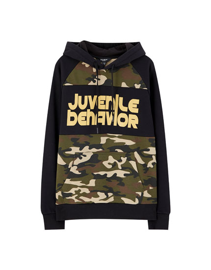 Hoodie with camouflage panel