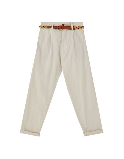 Loose fit chinos with belt