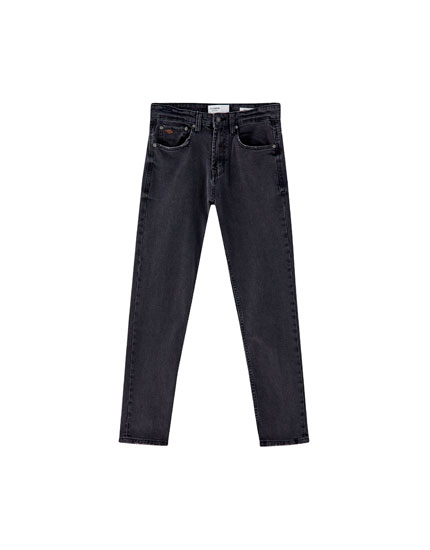 Jeans regular comfort fit negro