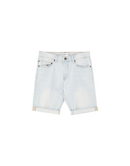Slim fit comfort Bermuda shorts with bleached effect