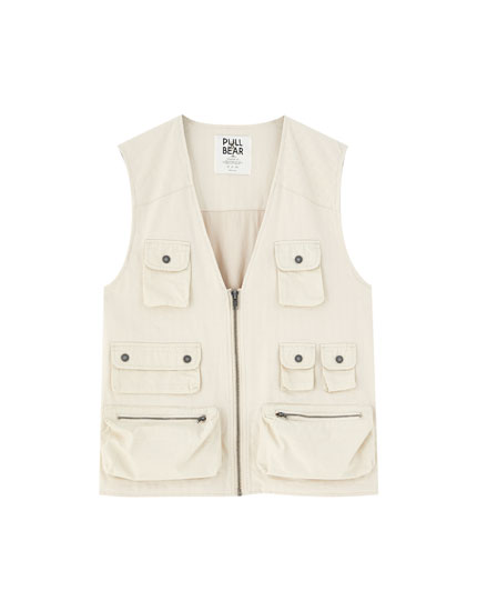 Utility gilet with pockets