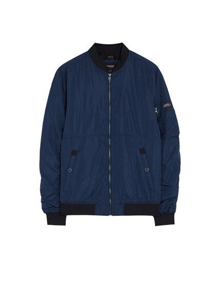 Bomber jacket de várias cores