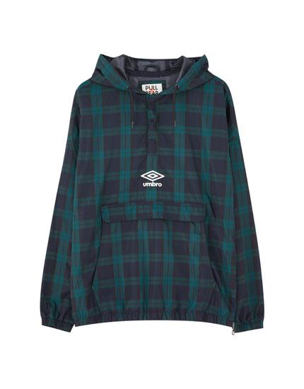 Umbro x Pull&Bear check raincoat