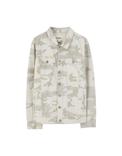 Veste en jean camouflage sable