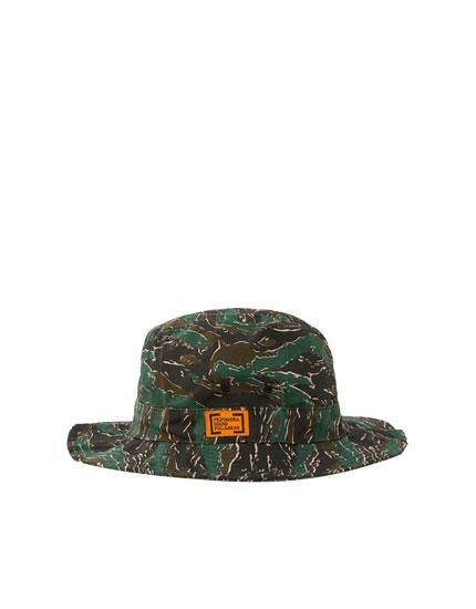 Primavera Sound camouflage bucket hat