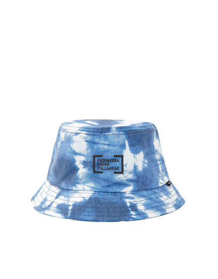 Primavera Sound tie-dye bucket hat