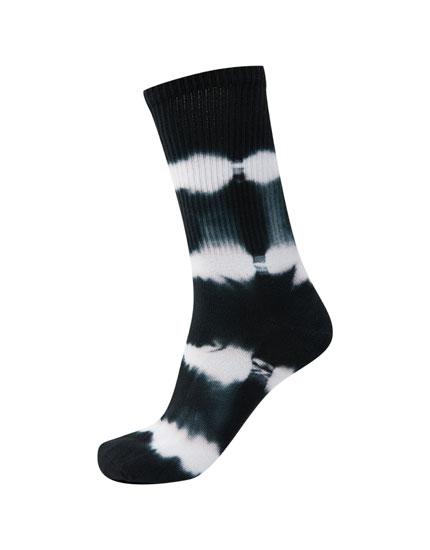 Black tie-dye socks