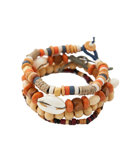 4-pack of shell bracelets