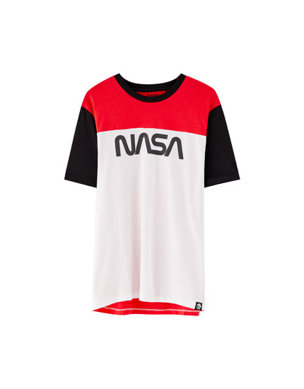 T-shirt inscription NASA