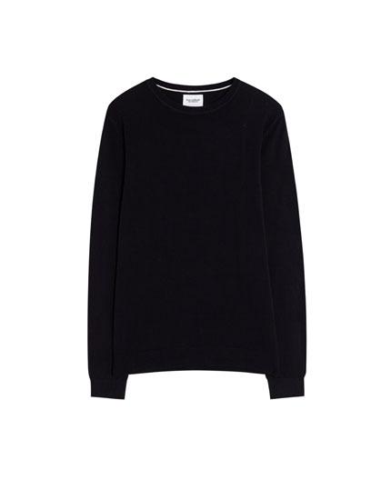 Basic sweater med rund hals