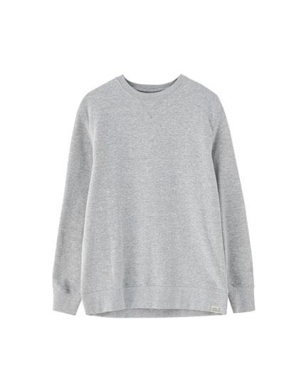Vienkāršs bieza plīša džemperis