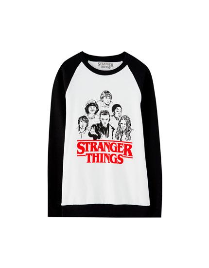 Sudadera Netflix Stranger Things manga raglán