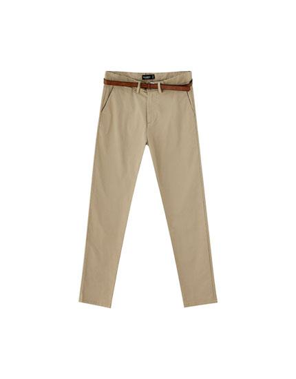 Calças chinos skinny fit com cinto