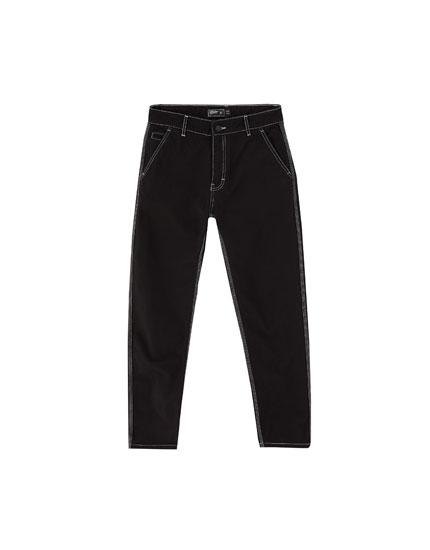 Jeans negros costuras contraste