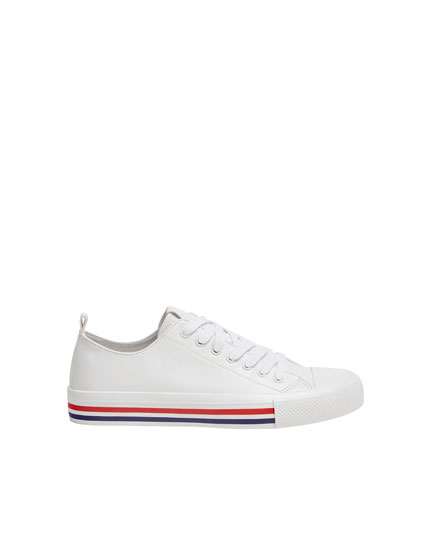White trainers with sole detail
