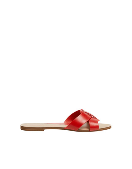 Red criss-cross vamp sandals