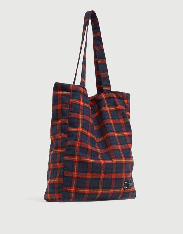 Red check tote bag - pull bear 7d9de1d265eee