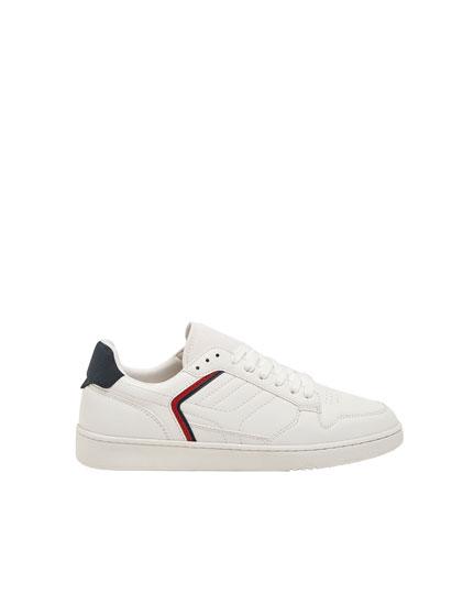 Pantofi sport cu dungă