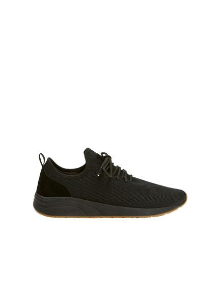 Pantofi sport negri cu plasă