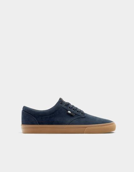 Basic blue teen trainers