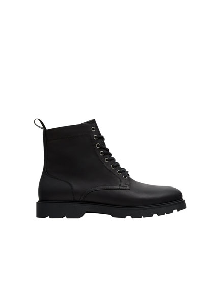 Black mod state boots