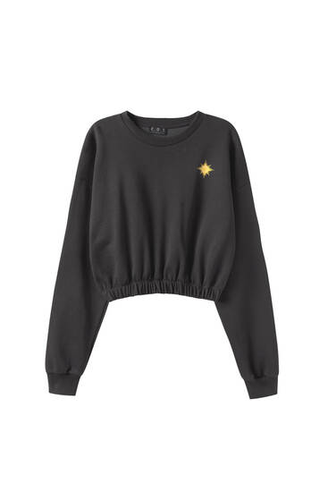 Cropped sweatshirt with contrast details