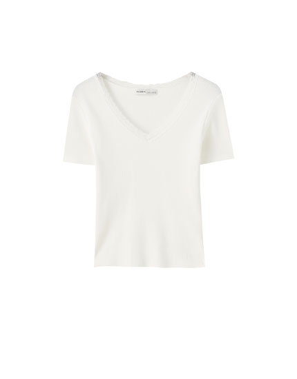Basic check-texture T-shirt with lace trim