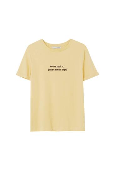 Basic-Shirt mit Motiv und Slogan