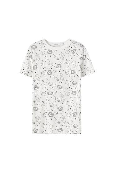 Basic-T-Shirt mit Monden und Sternen