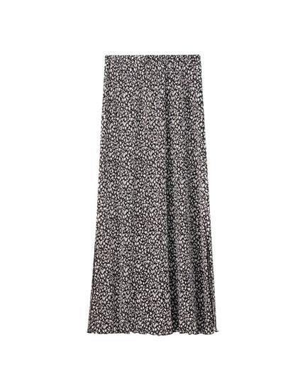 Pleated midi skirt with slits
