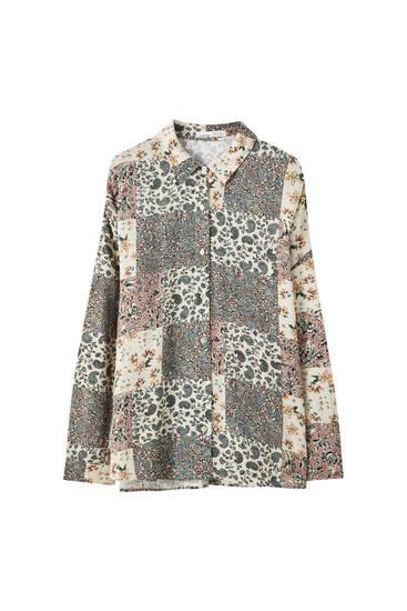 Рубашка оверсайз с принтом в стиле пэчворк