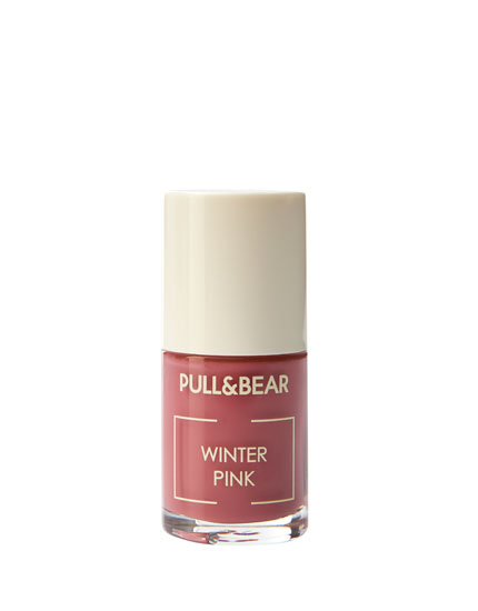Winter Pink nail varnish