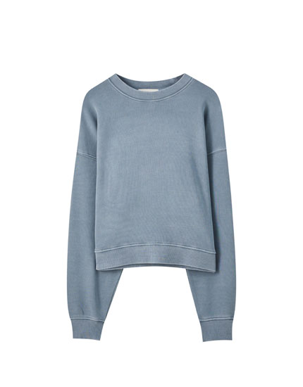 Faded sweatshirt with long sleeves