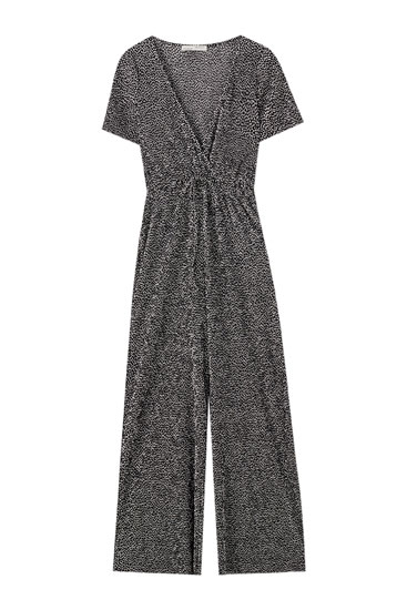 Plissierter Jumpsuit in Wickeloptik