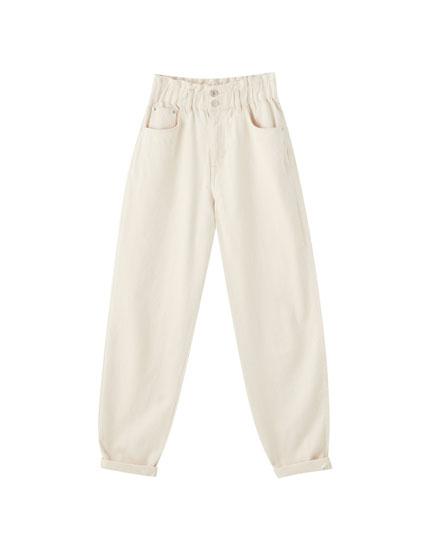 Double-button gaucho jeans