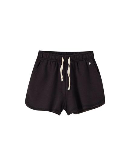Shorts jogger básicos