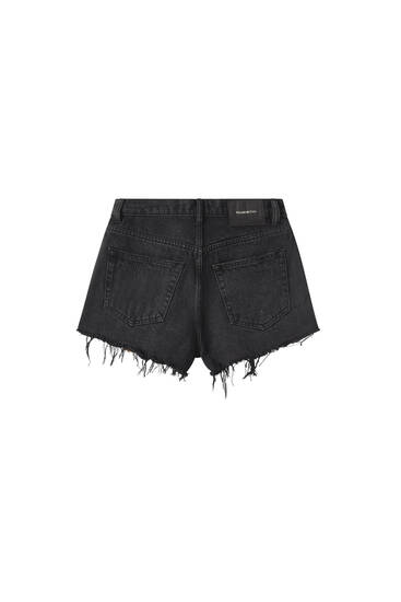Shorts mom rotos amplios