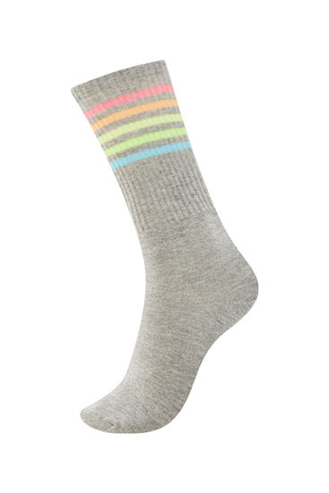 Grey sports socks with multicoloured stripes
