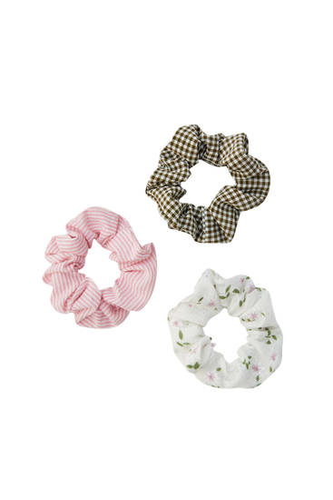 Pack of gingham print scrunchies