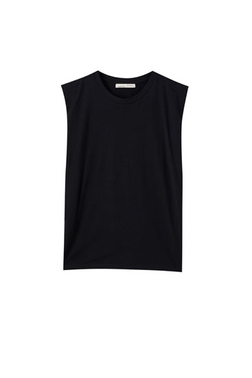 Voluminous sleeveless top