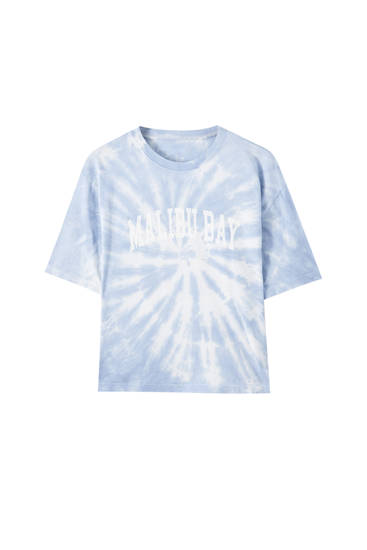 Tie-dye T-shirt with contrast slogan