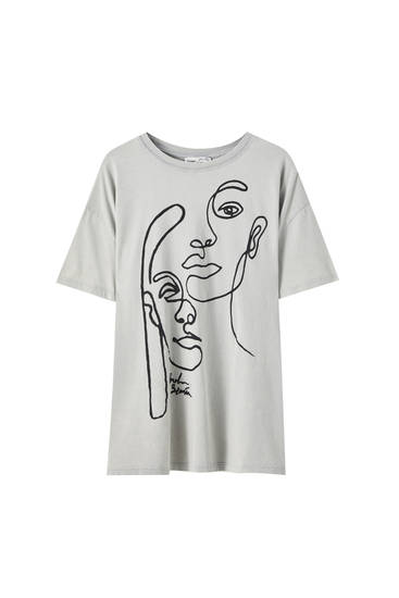 T-shirt with face illustration