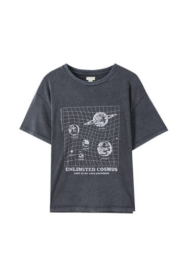 Gingham T-shirt with planets illustration