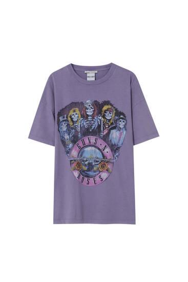 Сиреневая футболка с принтом Guns N' Roses