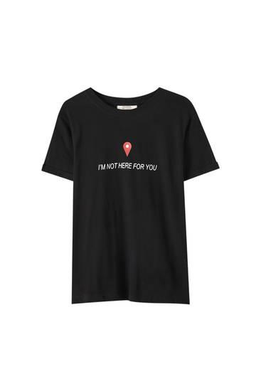 T-shirt noir avec illustration carte et inscription