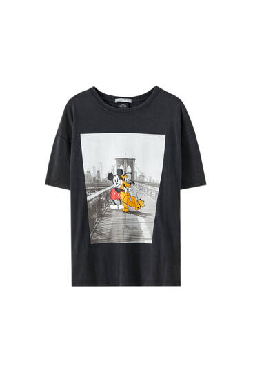 Mickey Mouse and Pluto illustration T-shirt