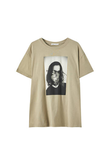 T-shirt with photo of a girl