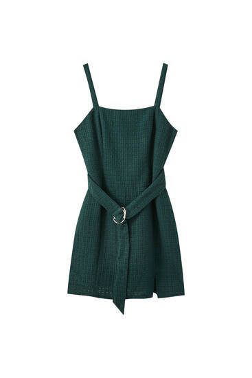 Short green dress with belt